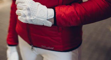 Białe rękawiczki Samshield V-skin. Czerwona kurtka Kingsland. Kurtka BREE DUJARDIN Damska